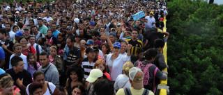 Colômbia e Venezuela reabrem pontes fronteiriças a peões nos próximos dias