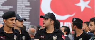 Detidos três antigos diplomatas por envolvimento no golpe de Estado