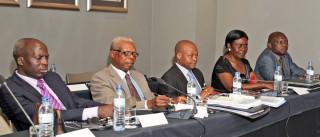 Negociações de paz em Moçambique suspensas até 10 de outubro