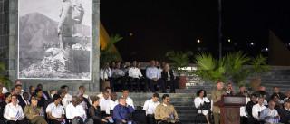 """Raul Castro jura """"defender o socialismo"""" depois da morte do irmão"""