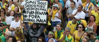 Brasil:Polícia lança gás lacrimogéneo durante protesto contra austeridade