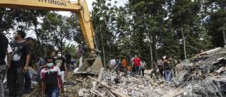 Pelo menos 25 mortos e centenas de feridos no sismo na Indonésia
