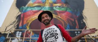 Artista brasileiro Kobra retratou líder indígena em prédio de Lisboa