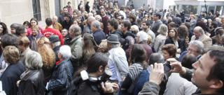 Trabalhadores da Moviflor manifestam-se à porta das lojas