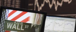 Wall Street encerrou em alta ligeira no dia da posse de Donald Trump