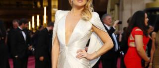 Adeus Brad Pitt, olá novo amor: Kate Hudson 'apanhada' aos beijos
