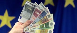Sentimento económico sobe na zona euro mas recua na UE devido ao Brexit