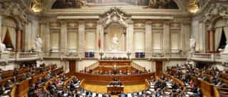 """PSD acusa Governo de """"irresponsabilidade financeira"""" no SNS"""