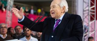 Mário Soares aplaudido de pé em homenagem ao I Governo Constitucional