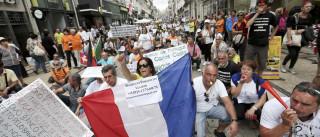 BES: Lesados entregam petição no Parlamento Europeu contra resolução