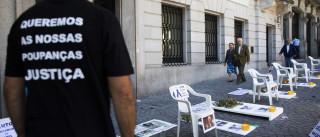 """BES: Emigrantes lesados voltam a pedir """"justiça"""" em Paris"""