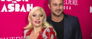 Após fim do noivado com Gaga, Taylor Kinney fala das  suas relações