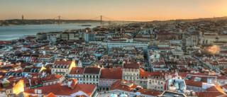 Arquitetos chilenos vencedores do Prémio Début Trienal hoje em Lisboa