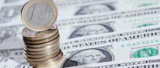 Dólar bate o euro no dia em que tudo muda nos Estados Unidos