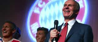 "Presidente do Bayern Munique acusa clubes ingleses de ""rapto"""