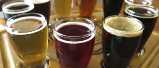 A música influencia o sabor da cerveja. Mas não só