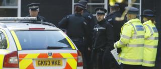 Vigília pelas vítimas de Manchester interrompida por homem armado