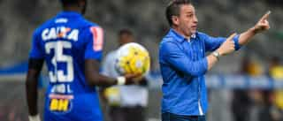 Paulo Bento despedido do Cruzeiro dois meses depois de ser apresentado