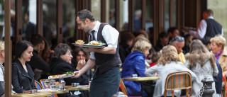 Sindicato denuncia trabalho ilegal e precário nos hotéis e restaurantes