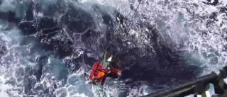 Força Aérea resgata pescador mordido por tubarão