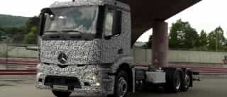 Mercedes revela primeiro camião elétrico do mundo