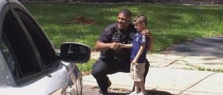 Criança de cinco anos poupou dinheiro para pagar almoço à polícia