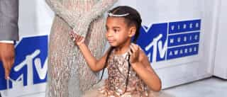 Beyoncé brilha ao lado da filha nos VMA