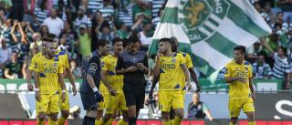 Arbitragem do Clássico arrasada (novamente) pelo FC Porto