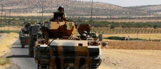 """Síria: EUA diz serem """"inaceitáveis"""" combates entre turcos e curdos"""