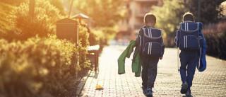 Uma em cada três crianças tem dores nas costas mas não vai ao médico