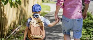 Mochila pesada? Eis três regras que os pais devem seguir