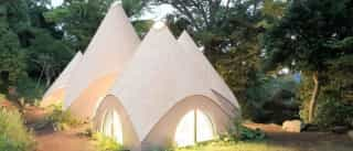 Jikka: As casas zen de madeira no coração de uma montanha japonesa