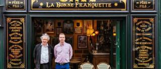 A história de Paris contada pela montra das lojas