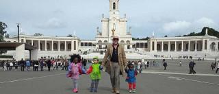 Eduardo Beauté visitou o santuário de Fátima com os filhos
