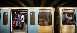 """Mudanças na linha azul do metro são """"discriminação contra a mobilidade"""""""