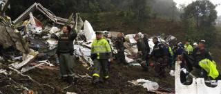 Funcionária que deixou avião partir sem combustível pede asilo no Brasil