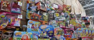 Venezuela apreende quatro milhões de brinquedos para dar aos pobres