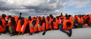 """Crise dos refugiados do Mediterrâneo é """"o novo Holocausto"""" europeu"""