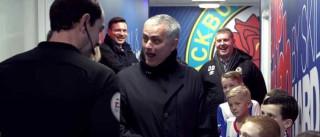A frase de uma criança que fez Mourinho rir à gargalhada