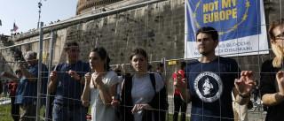 Milhares de pessoas desfilaram em Roma em nome de uma Europa unida