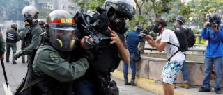Venezuela: Dez jornalistas feridos quando cobriam manifestações
