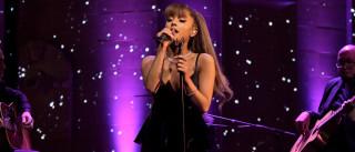 """Ariana Grande e o agente escrevem: """"Não deixamos que o mal vença"""""""
