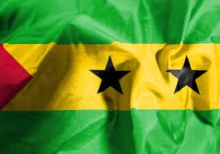 """Acidente em São Tomé faz dois mortos e cinco feridos """"em estado crítico"""""""