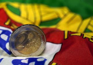 Bruxelas recomenda encerramento do procedimento por défice excessivo