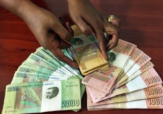 Dívida pública colocada por Angola duplicou na última semana