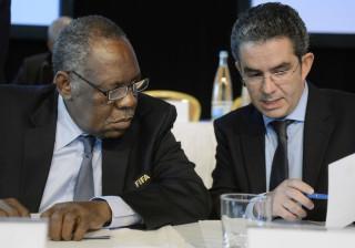 Secretário-geral da Federação Africana de Futebol demite-se