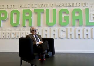 José Manuel Constantino reeleito para o COP com 80 por cento dos votos