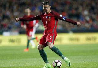 France Football: Ronaldo e Mourinho, os mais bem pagos de 2016/17