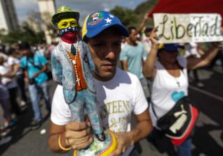 """Venezuela: Oposição vai continuar com protestos até """"reverter o golpe"""""""