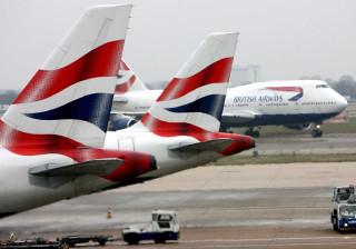 Pelo menos seis voos da British Airways cancelados em Faro e Lisboa
